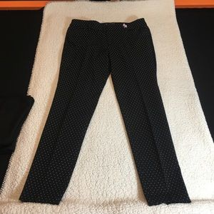 Old Navy black with white dots pixi pants size 12